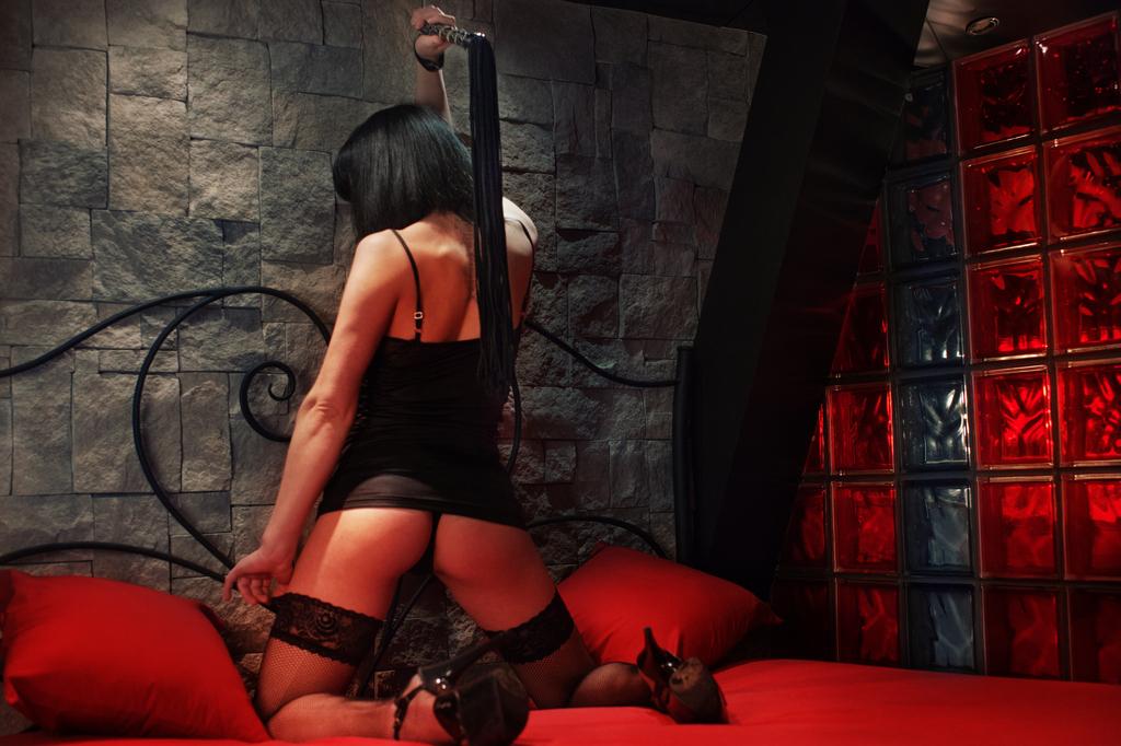 porno-video-pissing-podborka